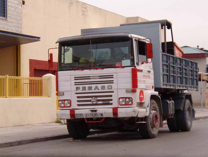 www.camionesclasicos.com • Ver Tema - Pegaso Tecno 1223