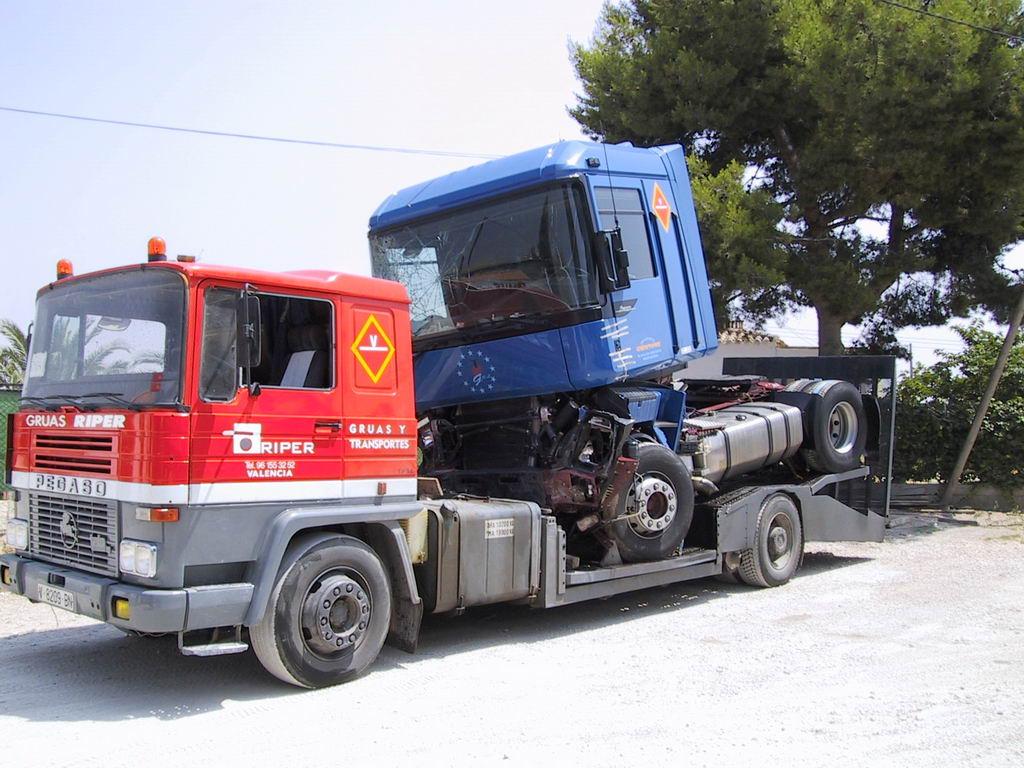 Pin Camiones Pegaso De Segunda Mano Automocionpinttonet On
