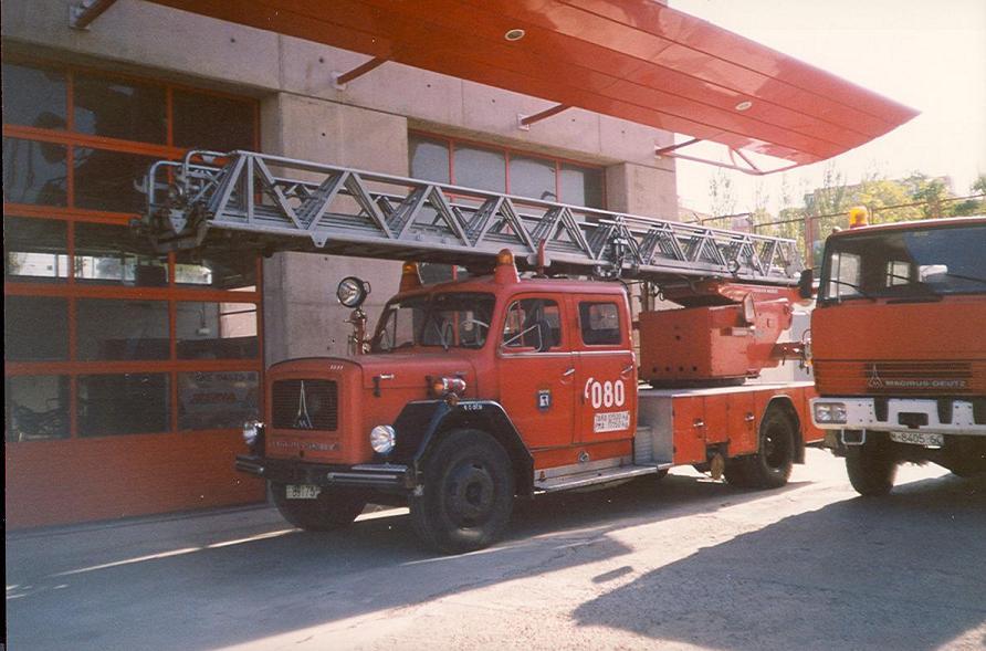Vehículos antiguos [Bomberos del Ayuntamiento de Madrid] Bom132